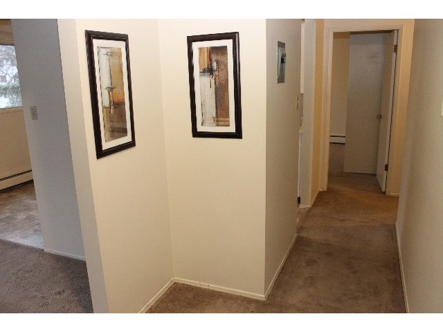 Large, open entry with large coat closet